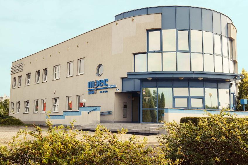 Budynek MPEC odstrony wejścia zulicy Spółdzielczej